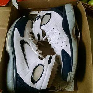Mens Nike Air 11.5